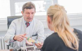 Rehabilitationsklinik für Orthopädie und Unfallchirurgie, Innere Medizin mit Schwerpunkt Rheumatologie und Schwerpunkt Onkologie.